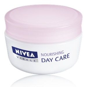 Nivea Visage / Нивеа Подхранващ Дневен Крем за суха и чувствителна кожа 50мл.